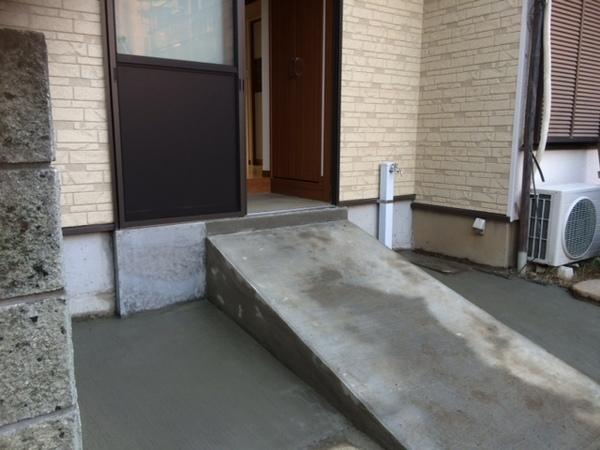 スロープから階段へ変更になりました…