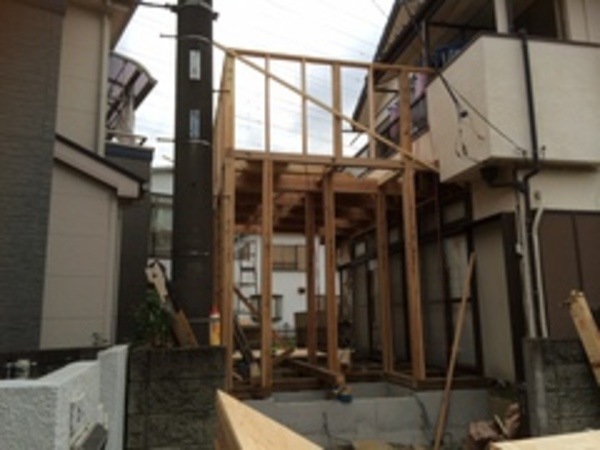 基礎、土台、木工事に入りました。