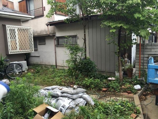 隣地との敷地境界のブロック工事・浴室リフォーム・対面型キッチン
